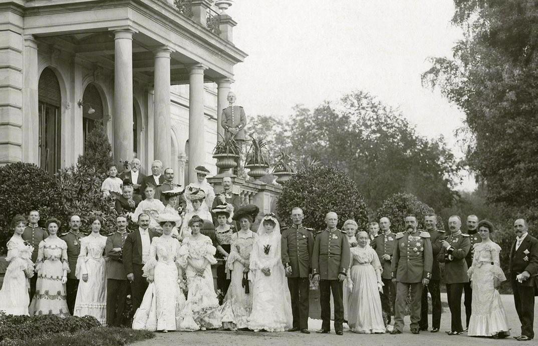 Pernikahan Baroness Hedwig von Faber dan Count Wolfgang zu Castell-Rüdenhausen, 1903