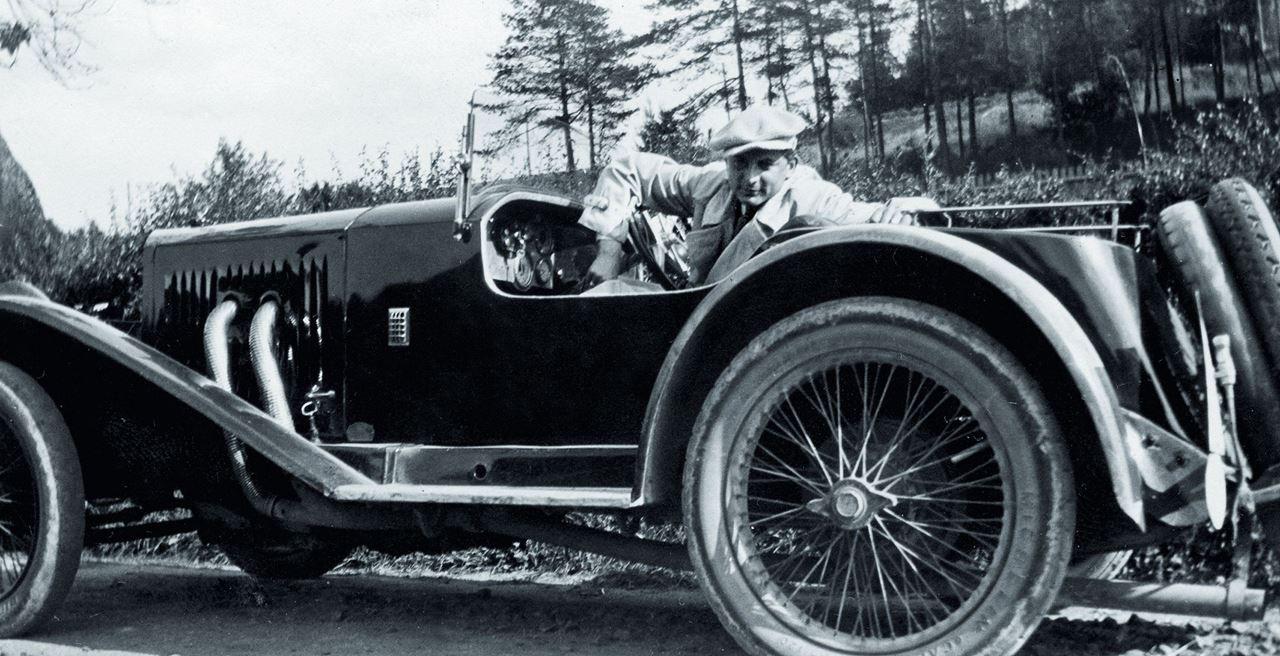 Count Roland von Faber-Castell, si penggemar otomotif